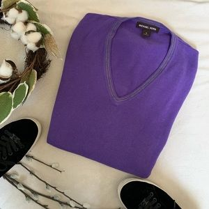 Michael Kors V-Neck Purple Sweater Sz Medium